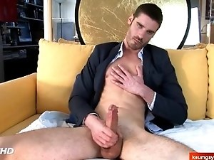 str8 guy in a gay porn in spite of him !